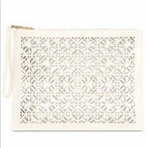 NWT TORY BURCH PERFORATED WRISTLET